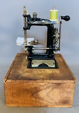 Rare 1896 SMITH & EGGE Antique LITTLE COMFORT Chain drive CHILD SEWING MACHINE