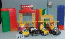 Mega Bloks coches y piezas de pista de carreras y bloquea Paquete. Lote 397