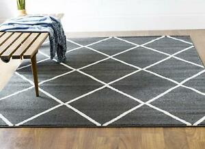 Super Area Rugs Contemporary Modern Nomad Diamonds Area Rug in Dark Grey & White