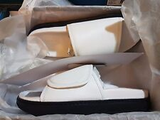 TONY BIANCO PINOT White Bowie Sandals Size 40 - RRP $149.95