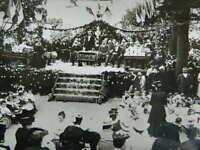 Foto Distribuzione Dei Prezzo Celebrazione Custom Da Village IN 1905