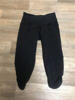 Lululemon Athletica Women's Size 2 Black Yoga Athletic Pants Cropped Capris