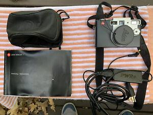 Leica Digilux 1 DigitaL Camera Digilux1 + Case Manual & More