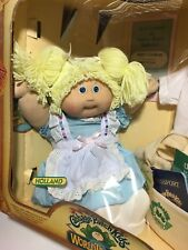 NRFB Cabbage Patch Kids Vintage Holland girl HM#5 tooth Blonde dble ponytail