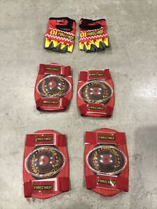 APOLLO HALFORDS Red Fire Chief Bike Safety Pads And Gloves - New Without Tags