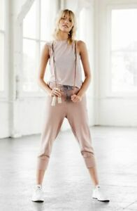 FREE PEOPLE MOVEMENT: COUNTERPUNCH CROP JOGGER PANTS (M)