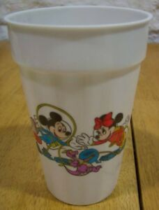 1988 Walt Disney World EPCOT Minnie Mickey Mouse PLASTIC CUP DONALD DUCK FIGMENT