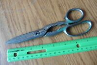 WISS 1KS Scissors 1950's Green Handle bottle opener PAT. 2027785 Antique Vintage