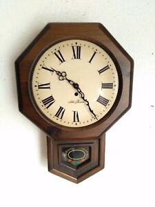 Seth Thomas Wall Clock Wood Frame converted to a quartz battery clock