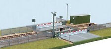 WILLS 00 Gauge Track/Layout Kit No: SSM318 Modern Level Crossing.