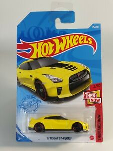 2021 Hot Wheels 79/250 - 17 Nissan GT-R (R35) - Then and Now on Long Card ©M