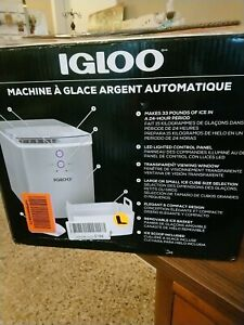 IGLOO  33 lb. Automatic Portable Countertop Ice Maker in Silver