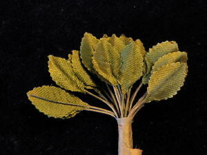 "Vintage Millinery Flower 3/4"" Green Leaf Satiny 24p Lot for Hat + Headpiece C20"