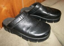 AEROSOLES BLACK LEATHER CLOGS SIZE 7M