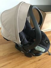 Kindersitz Auto-Babyschale von STOKKE iZi Sleep BeSafe + ISOFix  Liegeposition