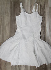 luxueuse robe brodée blanche M&F GIRBAUD taille 14 ans EXCELLENT ÉTAT
