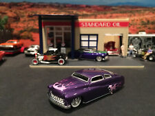1:64 Hot Wheels LE 1949 49 Merc Mercury Purple w/ Flames Legends