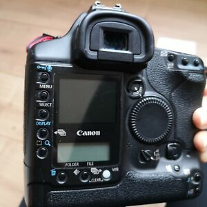 Canon EOS-1Ds Mark II *shutter count 74960*