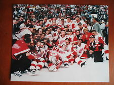 1996-97 DETROIT RED WINGS 8x10 TEAM PHOTO CUP CHAMPIONS