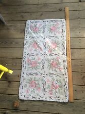 Vintage Shabby Chic Hook Rug , Rose Floral Pattern, Country Home