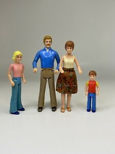 Vintage Tomy Smaller Homes 3 PC Doll Family 1:16 Scale Mom, Dad, Brother Sister