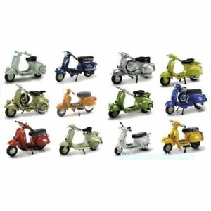 Collection de 12 Scooter miniature  VESPA PIAGGIO 1/32eme NewRay (soit 6,33/U)
