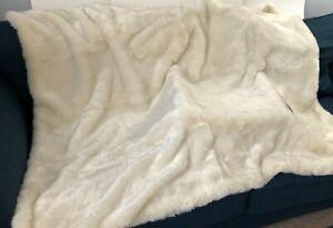 Nicole Miller White Faux Fur Throw Blanket Winter Sherpa 50x60