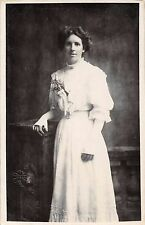 Young lady, RP, Hemming, Edgar Street, Hereford, c 1910, lace, sleeves,  Q2081