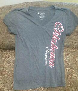Oklahoma Sooners OU Colosseum Womens juniors V Neck T-Shirt Size S Small