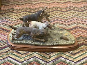 Border Fine Arts 'Terrier Race' Model No B0242