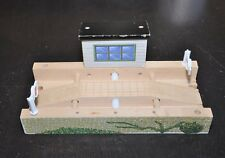 TRANSFER TABLE track and building / Movable track / Vintage Thomas train piece