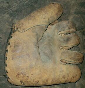 Vintage Joe DiMaggio Baseball Glove, Mitt, Antique