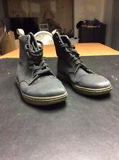 Dr Martens Air Wair Black High Top Shoes Women's Size 9 Mens Size 8