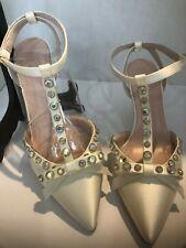 Kate Spade Pre-owned Julianna Ivory/Satin Aurora Borealis Stones 9.5 Euc