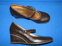 7.5 M White MT Mountain Faux Leather Dark Brown ladies Womens Wedge Mary Janes
