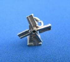 VINTAGE STERLING SILVER CHARM NUVO DUTCH WINDMILL HOUSE SAIL MOVES 2 g