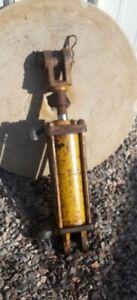 "Vintage Minneapolis Moline Hydraulic Cylinder 1"" dia. Pins"