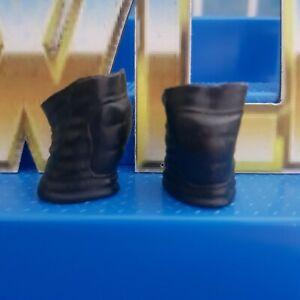 Black Sleeve Knee Pads - Mattel - Accessories Fodder for WWE Wrestling Figures
