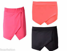 Patternless Hot Pants Mid Rise Shorts for Women