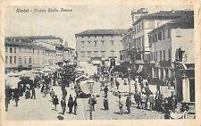 9503) RIMINI PIAZZA GIULIO CESARE FOLLA E BANCARELLE DEL MERCATO VG NEL 1916.