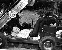 "MARILYN MONROE NAPS ON THE SET OF ""RIVER OF NO RETURN"" - 8X10 PHOTO (ZZ-399)"