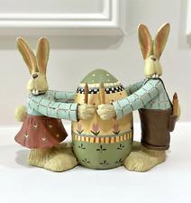 2004 Williraye Studio Into The Garden It Takes Two Bunny Rabbit Figurine Ww7424