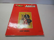 Annie E Z Play Today for all Organs, Piano & Guitar Hal Leonard Publishing