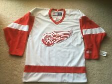 NOS AUTHENTIC CCM DETROIT RED WINGS SEWN JERSEY NHL hockey vtg vintage yzerman