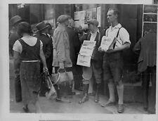 1934 Selling Communist/Socialist Papers Saarbrucken Press Photo