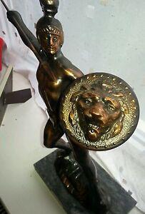 Stunning Bronze statue / figure on marble