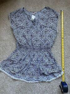 Victoria Secret Cover Up Size Small Black & White