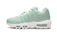 Women's Nike Air Max 95 IGLOO GREEN MINT LIGHT WHITE OFF 807443-300 sz 7 8 10.5