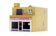 DAPOL 00/H0 Plastic  Railway/Buildings/Layout Kit No:C031 Shop and Flat.