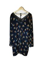 CITY CHIC Plus Size S Floral Black Bell Sleeve V-Neck Tie Strap Shift Dress